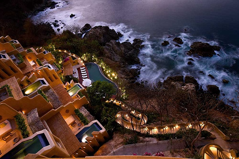 Best Hotels In Zihuatanejo